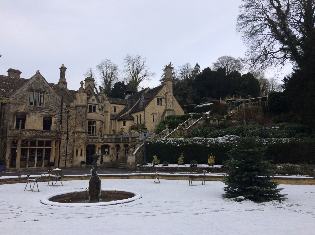 Cozying up in theCotswolds