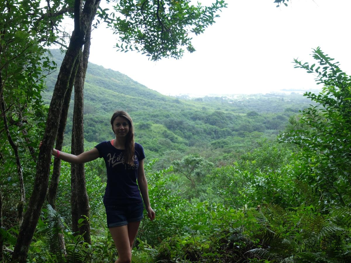 Hiking Oahu; Diamond Head & twowaterfalls
